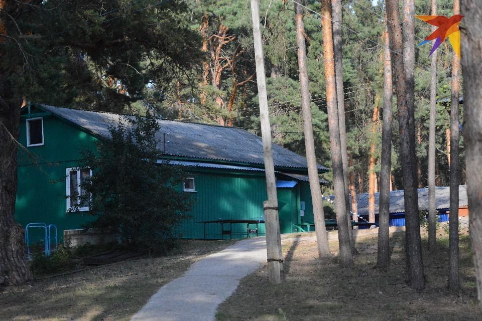 """Один из домиков лагеря """"Лесная сказка"""". Фото """"КП-Рязань""""."""