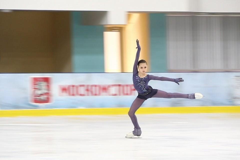 Камила Валиева - одна из звездочек сборной России по фигурному катанию. Фото: стоп-кадр Youtube