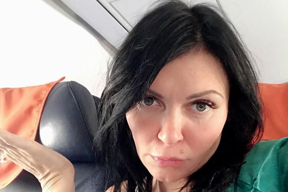 """Исполнительница хита """"Дорога в аэропорт"""" рассказала, что люди были шокированы произошедшим. Фото: Instagram певицы Светы."""