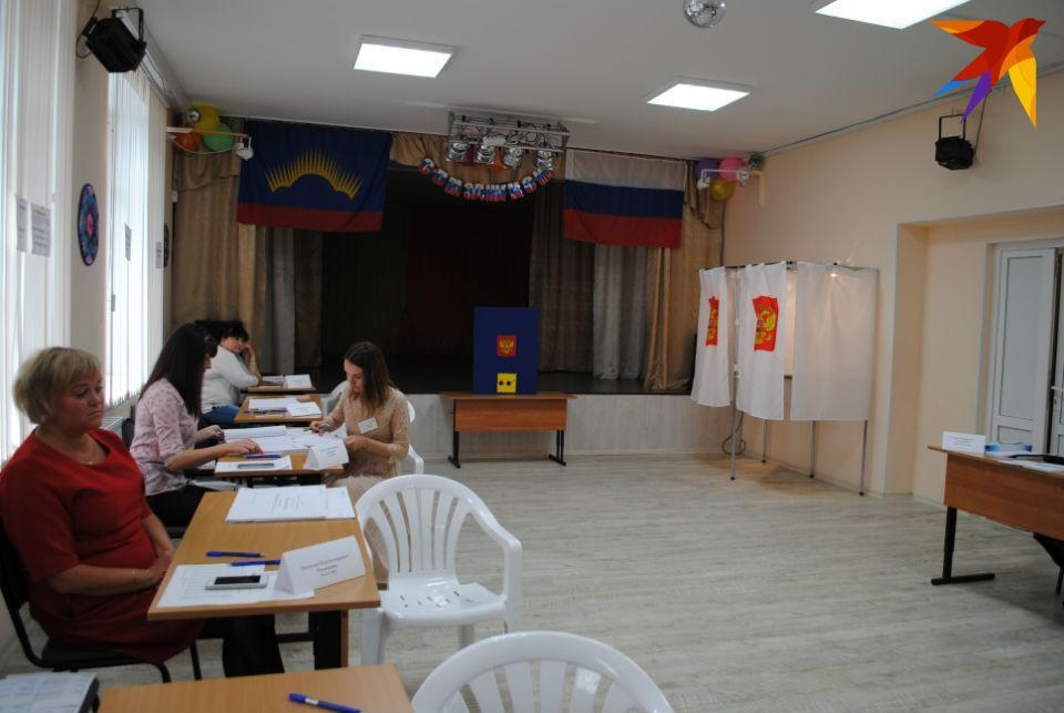 В Мурманске проголосовало около 4% избирателей.