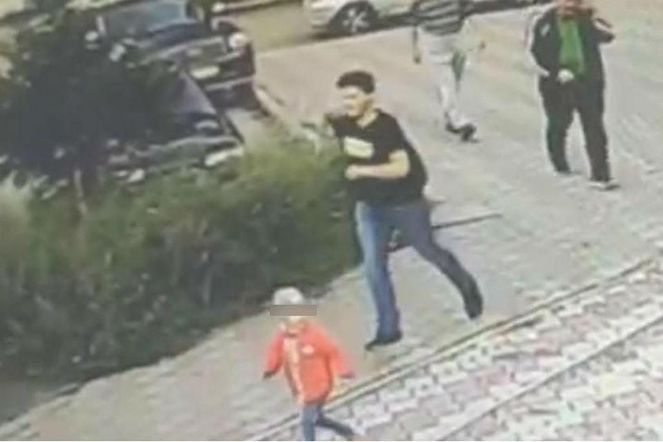 Видео: в Ангарске разыскивают педофила, который напал на 10-летнюю девочку. Фото: СУ СКР по Иркутской области.