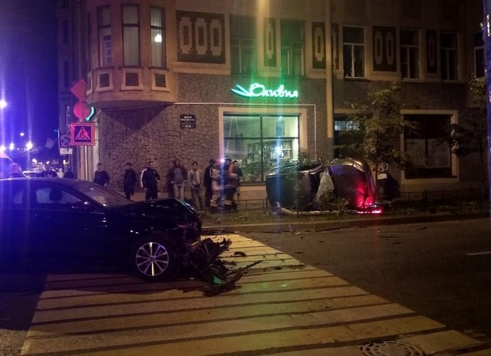Все участники аварии чудом остались живы. Фото: СОЦСЕТИ
