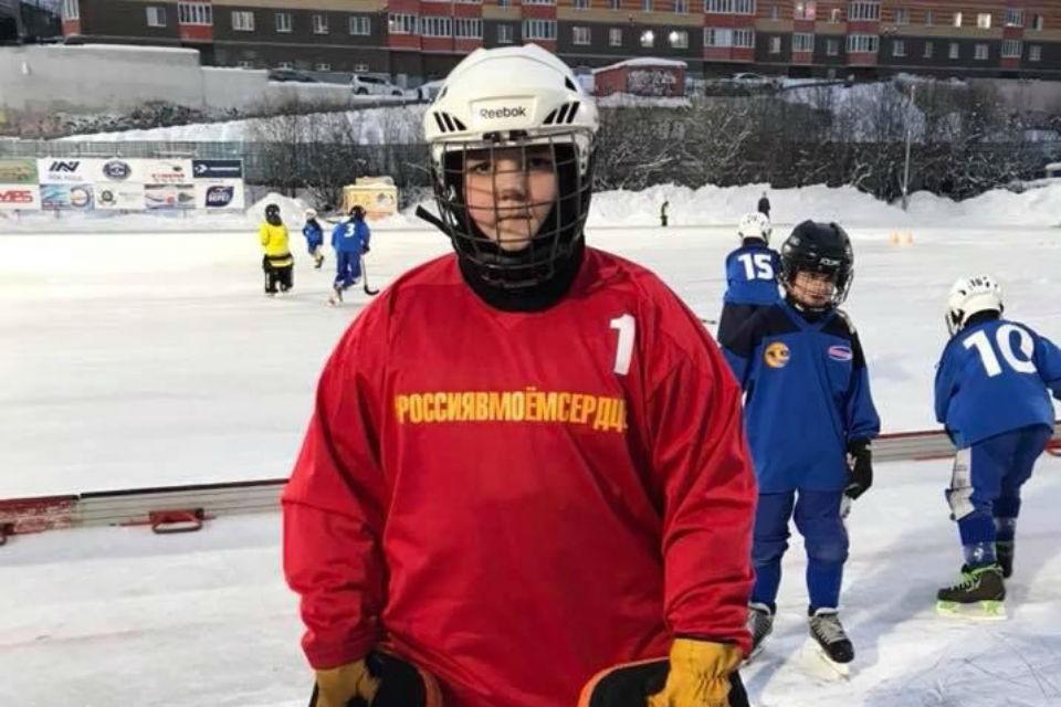 Генрих до аварии играл в хоккей, сейчас о нем пришлось забыть.
