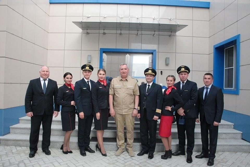 Дмитрий Рогозин лично пригласил экипаж А321 на космодром. Фото: Роскосмос