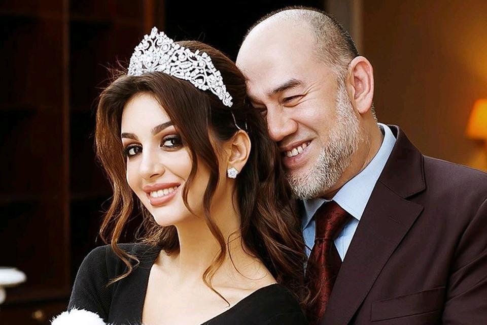 Кадр из фотосессии Оксаны Воеводиной с уже бывшим супругом.