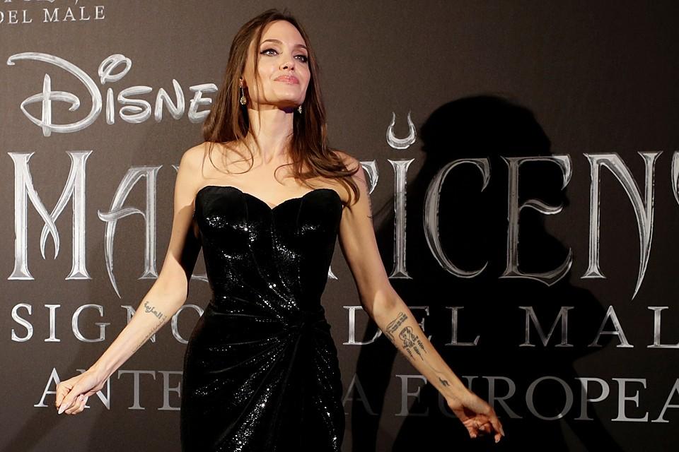 Анджелина Джоли по праву считается одной из самых соблазнительных женщин мира