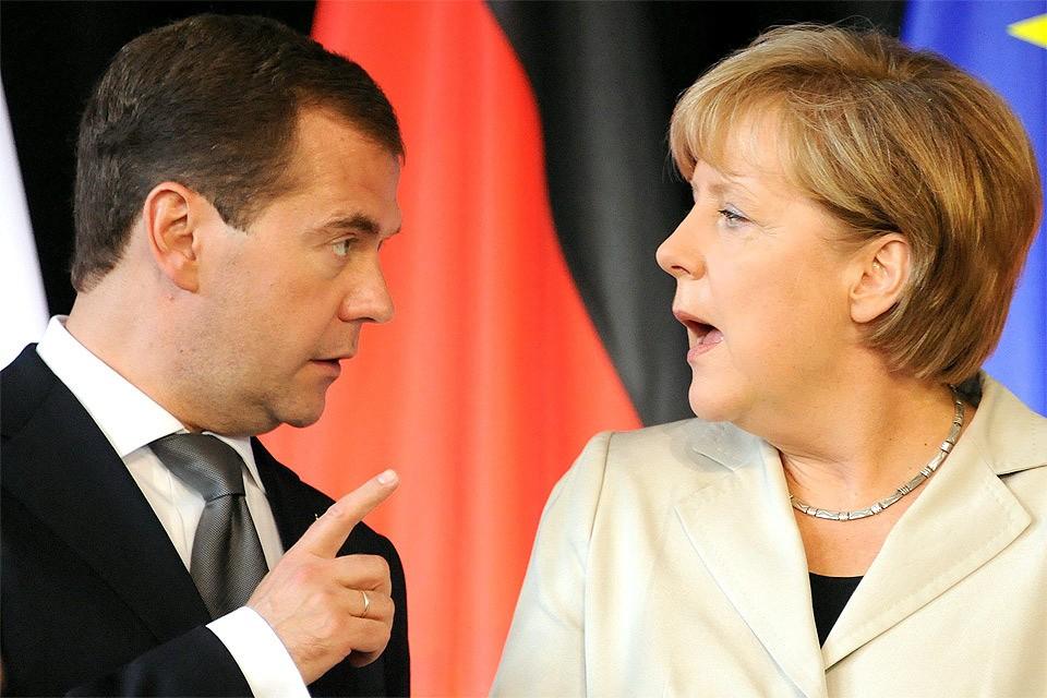 Ангела Меркель и Дмитрий Медведев в 2011 году.