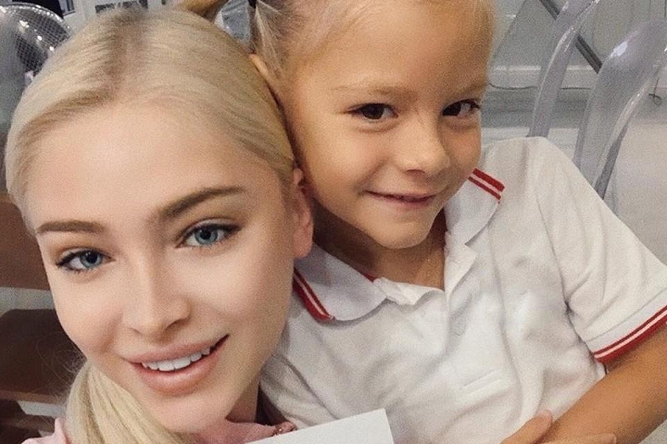 «Я плакала»: мама Тимати рассказала, что чувствовала, когда родилась дочь Алёны Шишковой