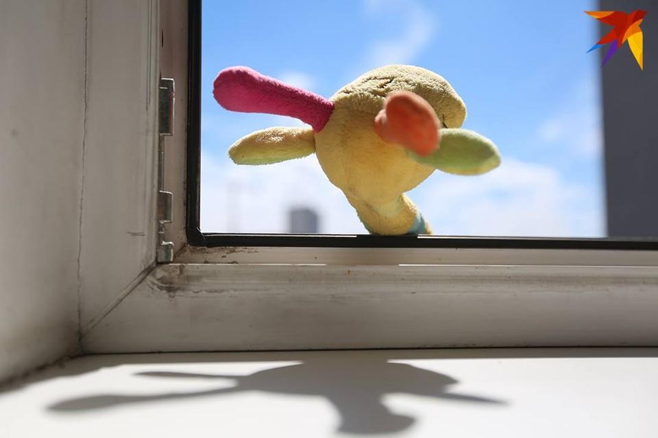 Окна по-прежнему остаются опасностью для детей