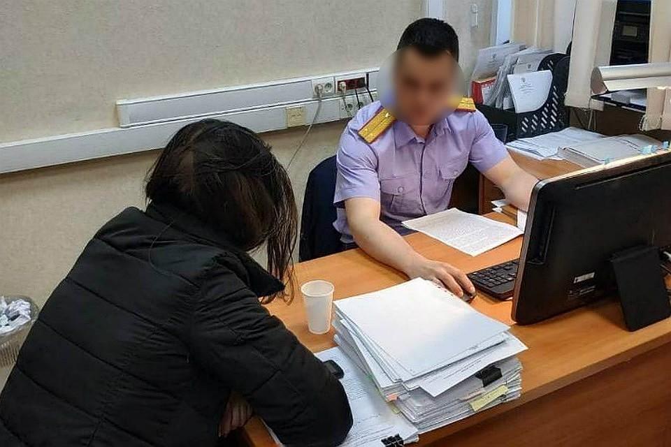 Во время допроса мать призналась в убийстве своего сына. Фото: СУ СКР по Кировской области