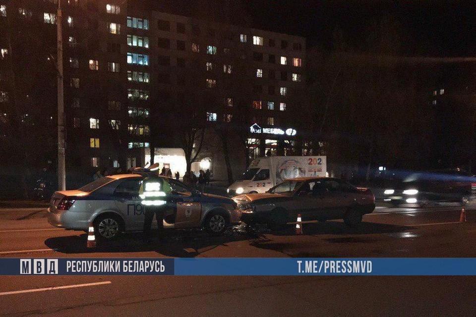 Пьяный водитель протаранил машину ГАИ. Фото: МВД