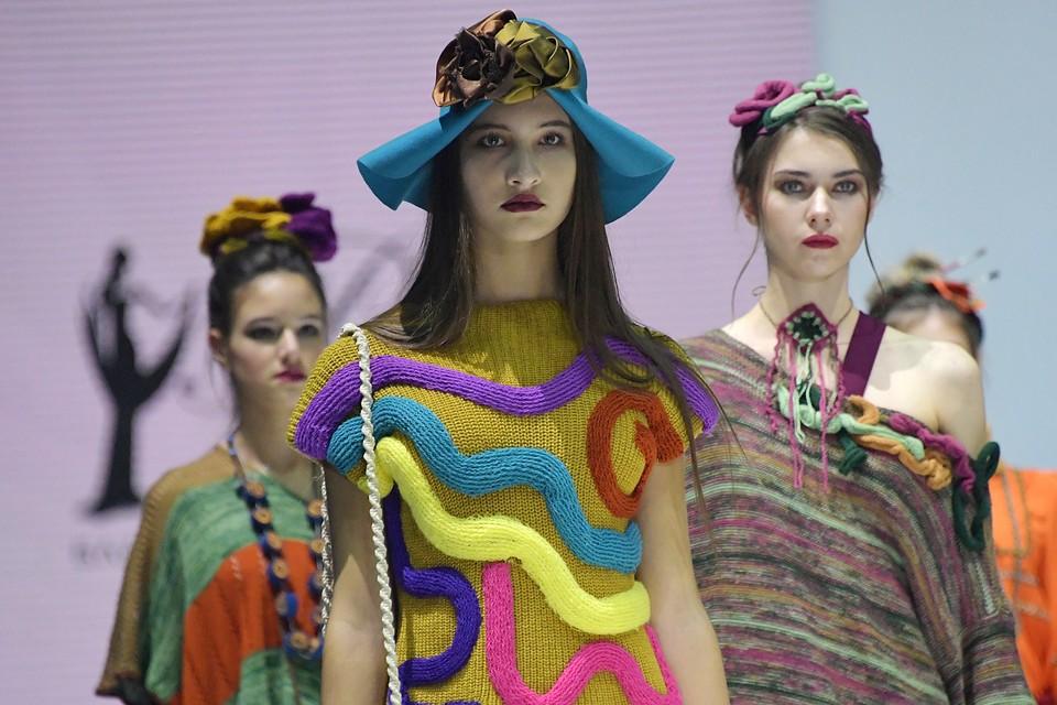 Творческая группы театра моды «Образ» из Курска посвятила коллекцию Фриде Кало