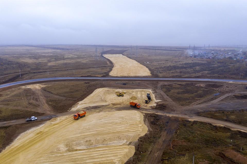 Сейчас на объекте ведется устройство земляного полотна. Фото ФКУ Упрдор Москва-Волгоград.