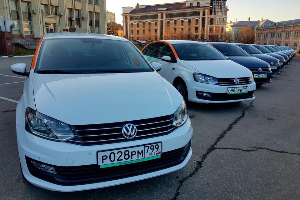 """Оператор """"Делимобиль"""" связал Москву и Тулу единой зоной, завершить аренду теперь можно в обоих городах."""
