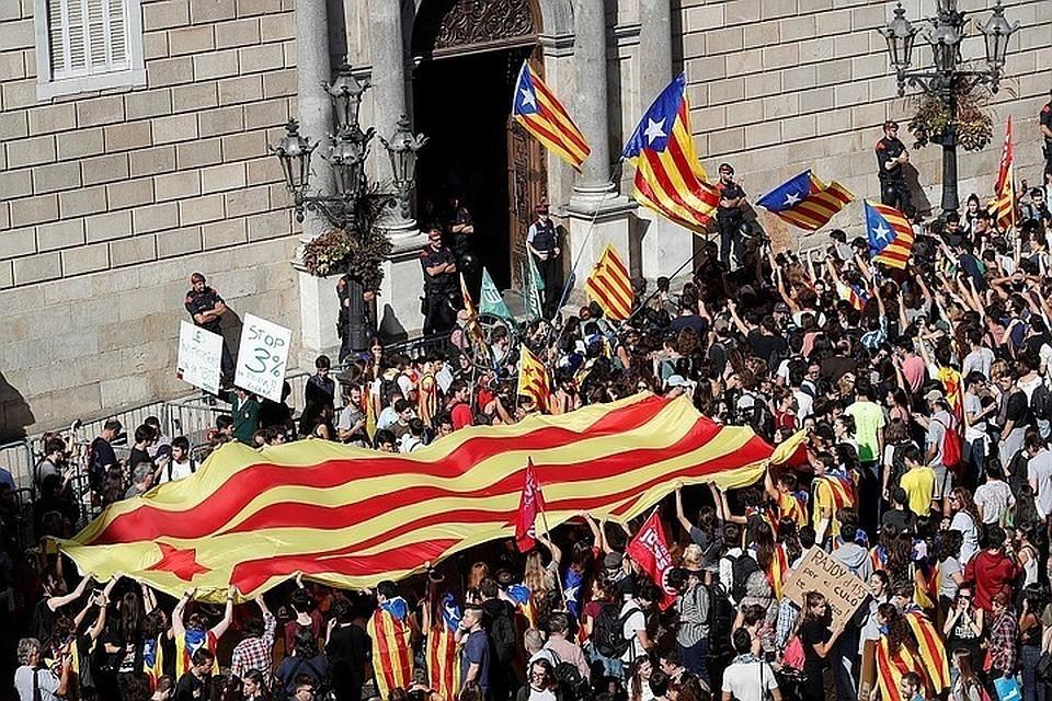 Журналиста намекает, что из-за России... Каталония стремится отделиться от Испании