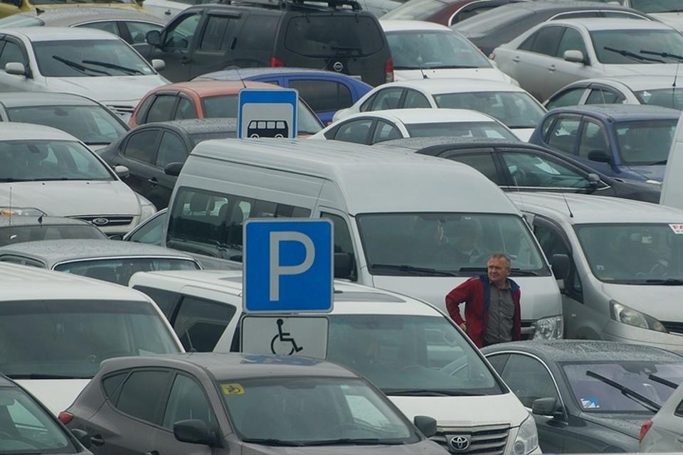 В Новокузнецке автомобилист лишил инвалида парковки