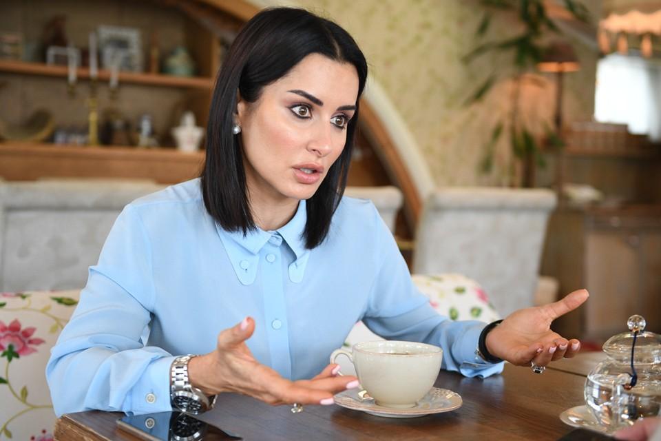 Теперь Канделаки сама занимается производством сериалов и уже подписала контракт с онлайн-кинотеатром IVI