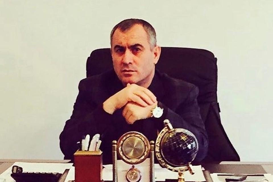 Хасан Полонкоев на рабочем месте.