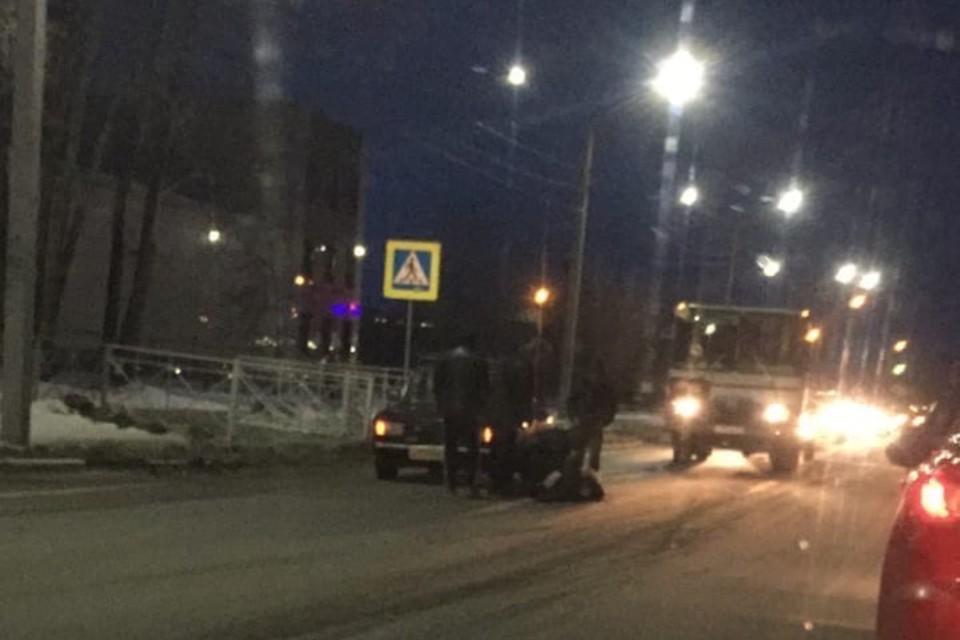 """Водители игнорируют знаки в этом месте. ФОТО: сообщество """"Подслушано в Искитиме"""" """"ВКонтакте"""""""