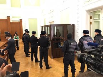 Одному - пожизненное, остальным - 223 года тюрьмы на всех: Обвиняемым в теракте в метро Петербурга вынесли приговор