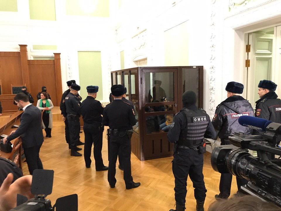 В Петербурге вынесли приговор обвиняемым в теракте в метро.