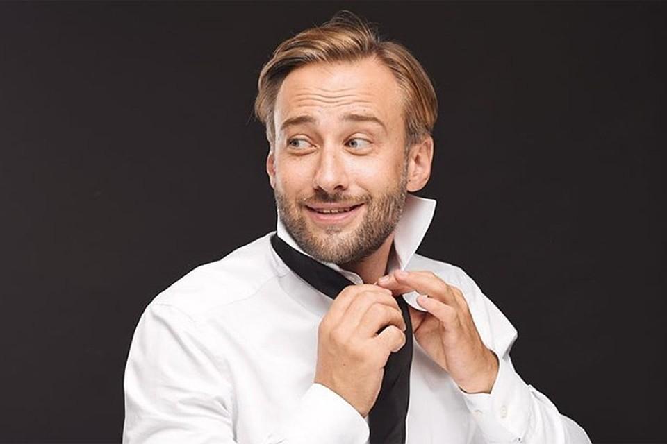Дмитрий Шепелев не только успешный телеведущий, но с недавних пор еще и блогер