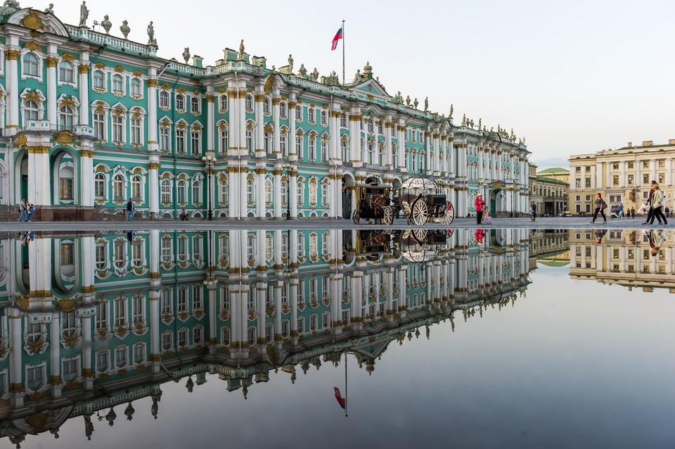 В Эрмитаже Петербурга задержали рецидивиста, который обворовал туриста