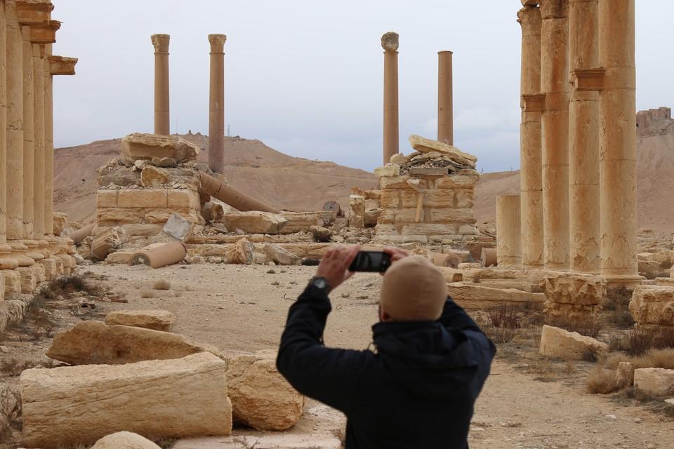 Туристам предлагают посетить главные достопримечательности Сирии.