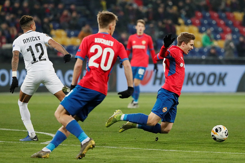 ЦСКА был разгромлен «Лудогорцем» - 1:5 и проиграл даже «Ференцварошу» - клубам, которые не всегда найдешь на футбольной карте Европы