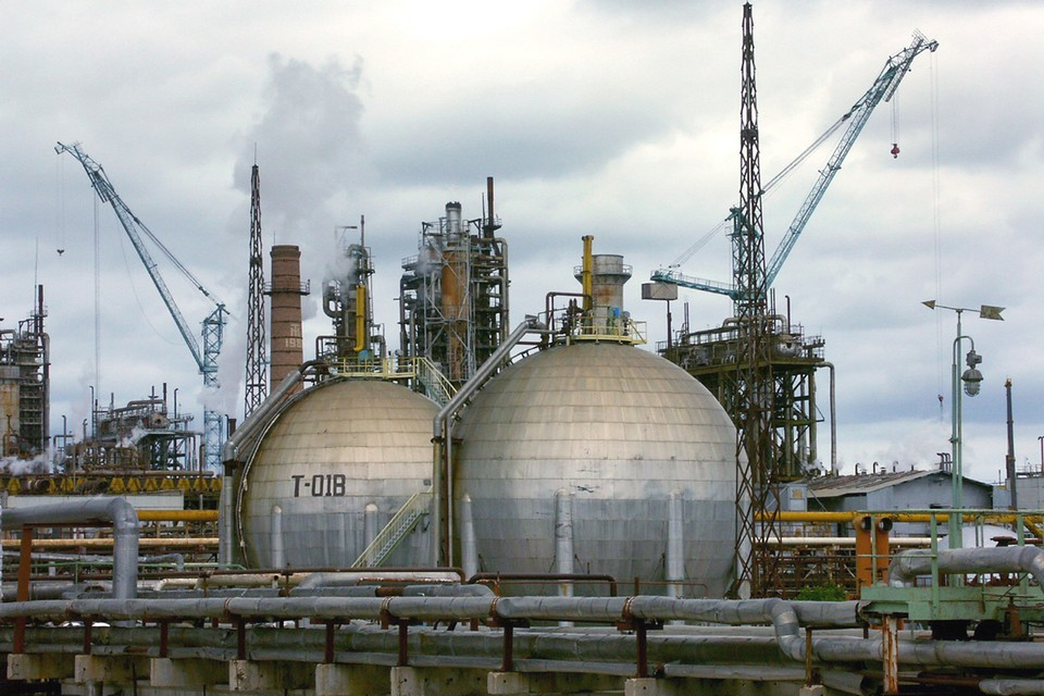 Новый генеральный директор провел инвентаризацию и обнаружил, что не хватает 276 тонн взрывчатых отходов.