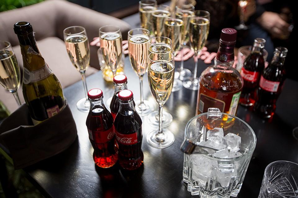 Нормальный человек не может пить в течение 2-3 суток - продукты распада алкоголя ядовиты