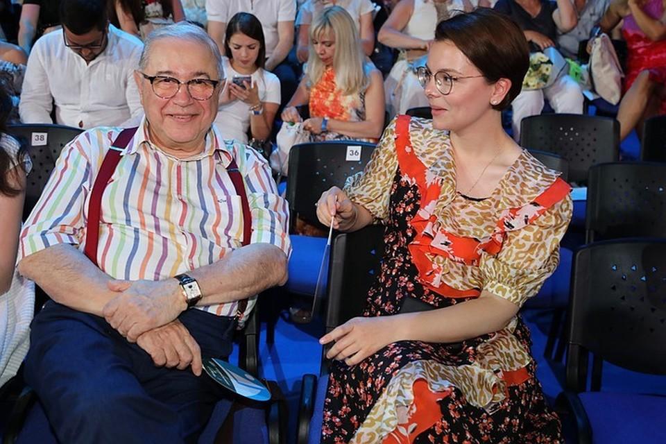 Петросян с молодой женой поехал смотреть Кельнский собор