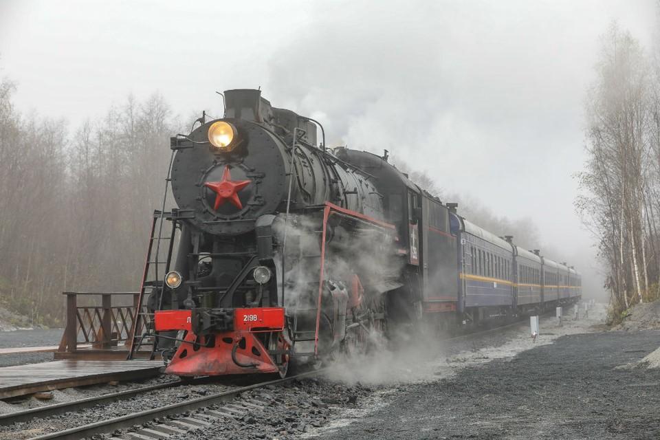 Ретропоезд - настоящая изюминка путешествия в Карелию. Такая поездка позволит одновременно прикоснуться к истории и красоте. Фото предоставлено ОЖД.