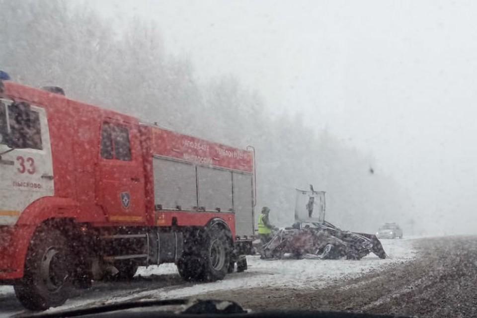 Страшная авария под Нижним Новгородом: Пострадали четыре человека, в том числе 12-летняя девочка. ФОТО: Регион-52