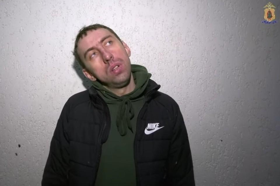 Рязанский уличный художник-вандал.