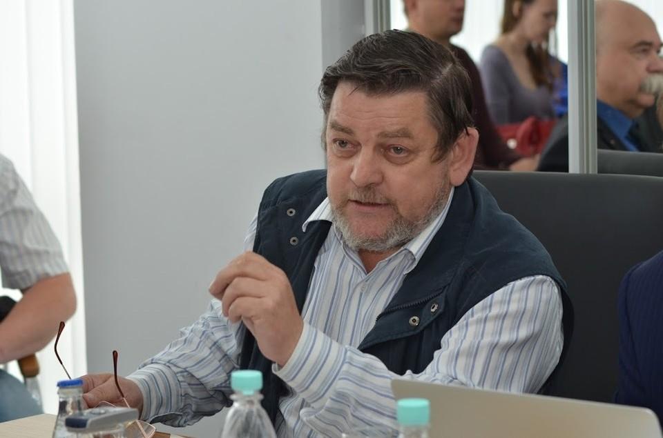 политолог, кандидат философских наук Александр Суханов
