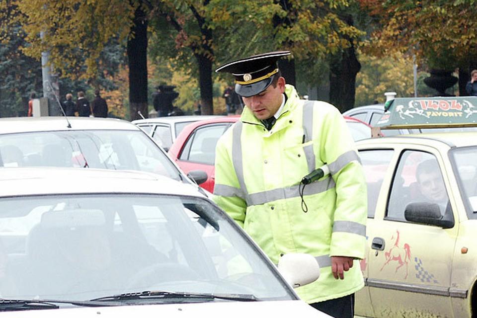 У злостных нарушителей будут конфисковывать автомобили.