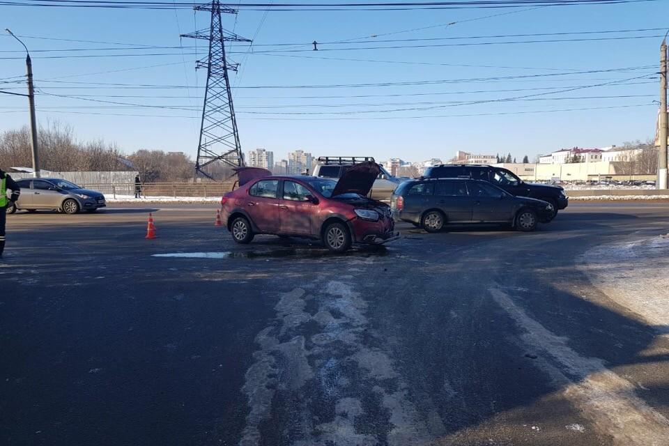 Фото с места аварии на пересечении Волоколамского проспекта и улицы Ротмистрова. Фото: УГИБДД по Тверской области