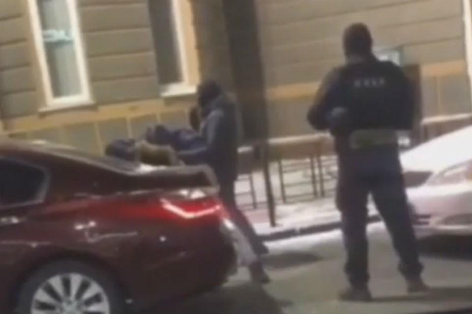 Избивали и требовали 15 миллионов рублей: похитителей бизнесмена перехватили в Иркутске