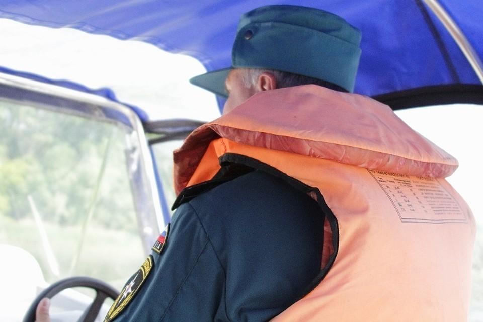 В Тверской области спасатели извлекли из воды тело утонувшего мужчины