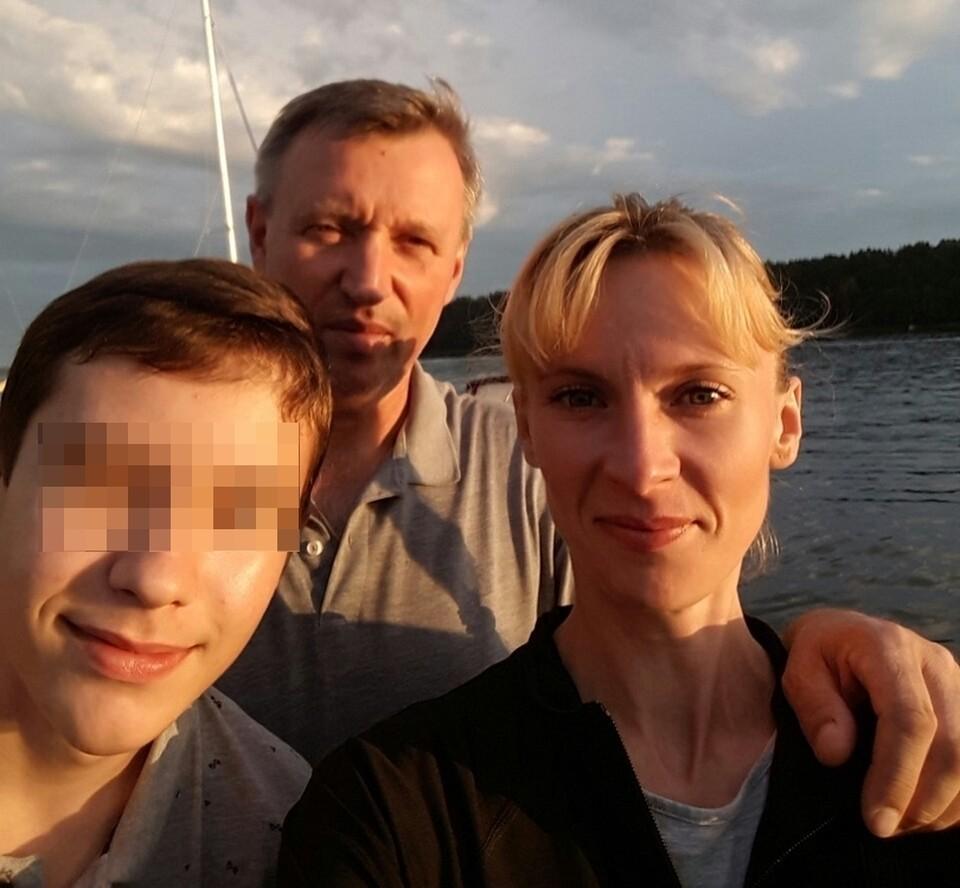 Вадим Янголенко, Дарья Ефимова и их 13-летний сын.