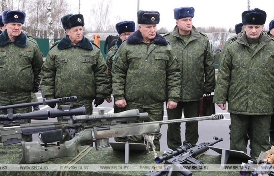 В сборе по военной безопасности губернаторы и их замы показали себя в деле. Фото: belta.by