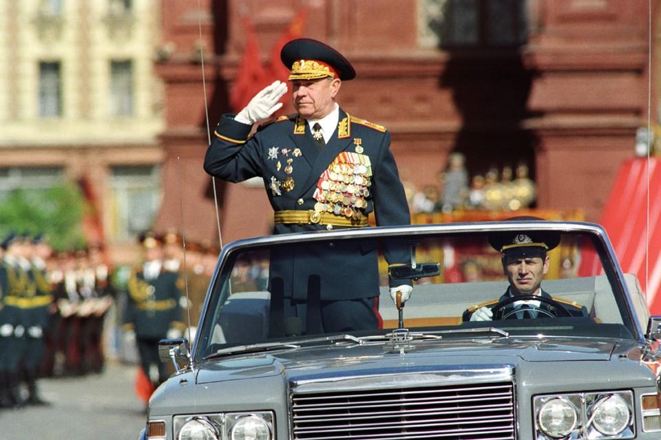 Он был Маршалом, но всегда без натужной высокопарности считал, что самое высокое звание служивого человека - Солдат Отечества