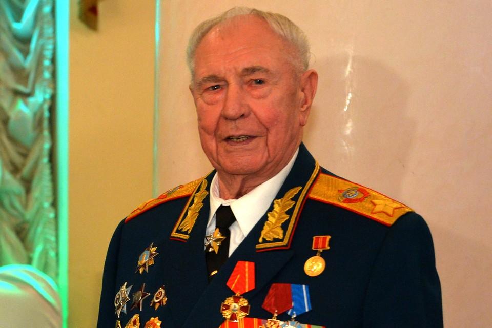 Ушел последний маршал Советского Союза Дмитрий Язов. Фото: Алексей Дружинин/ТАСС