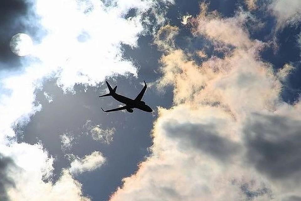 Другой рейс в Москву приостановили из-за сообщения о бомбе