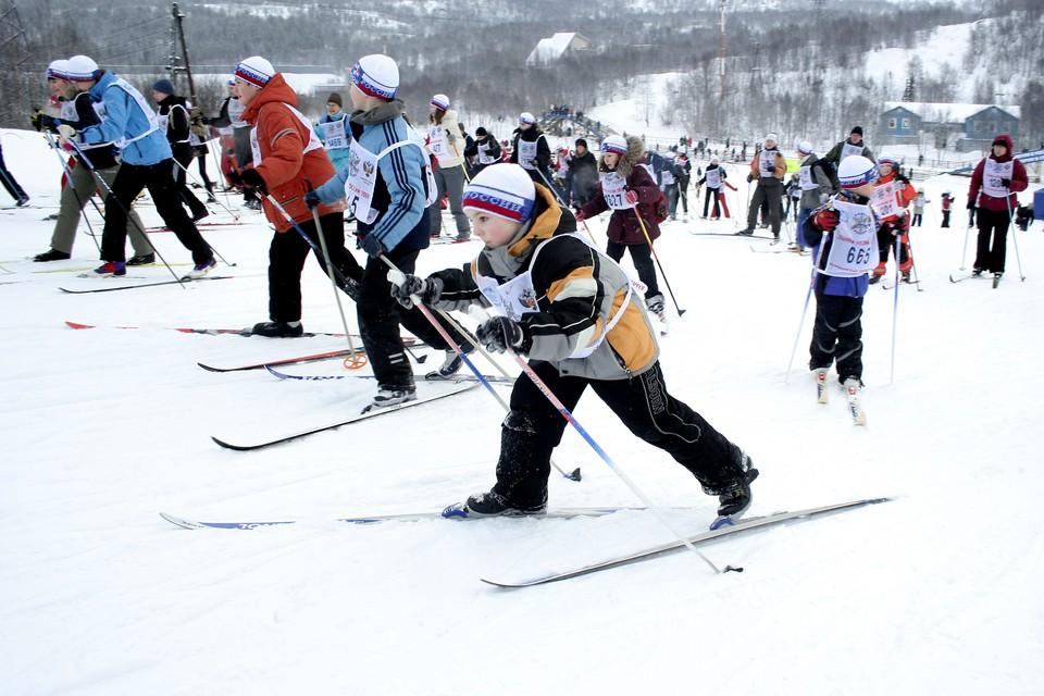 Пробежать на лыжах по территории трех стран в этом году не получится.