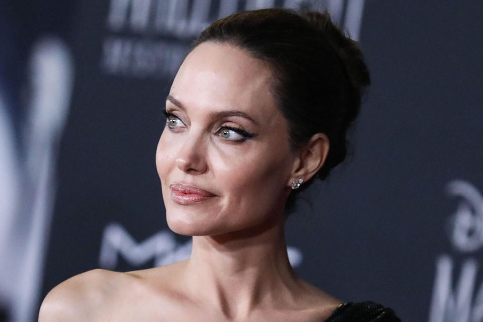 Анджелина Джоли на днях шокировала поклонников неожиданным откровением.