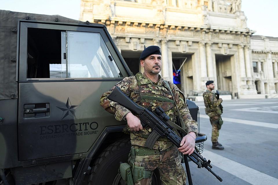 Вчера также в регионе Кампания было объявлено о прибытии 100 солдат для обеспечения соблюдения запрета на передвижение