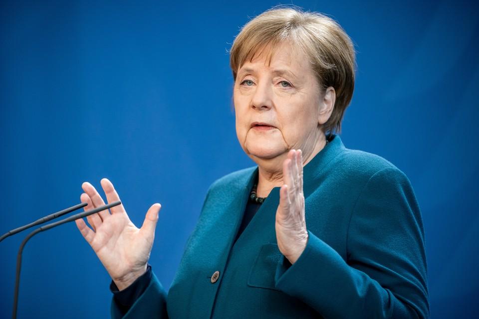Ангела Меркель во время выступления 22 марта