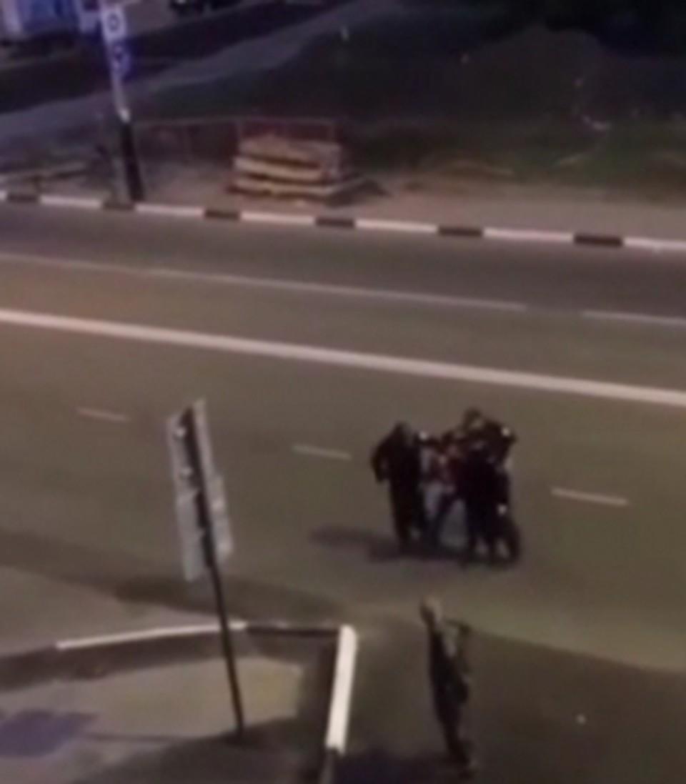 Видео на камеру телефона снял свидетель